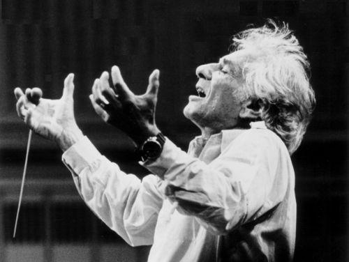 Leonard-bernstein-conducting1