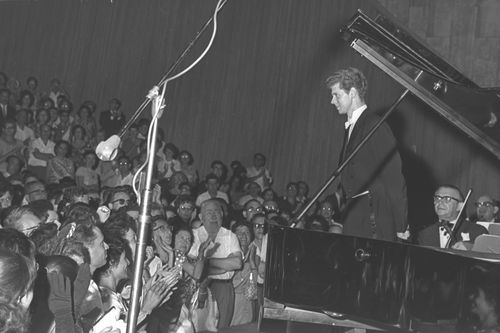 Van_Cliburn_-_Tel_Aviv_1962