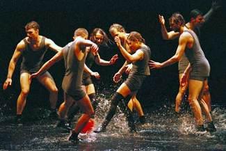 Cirque_rain020_435_1
